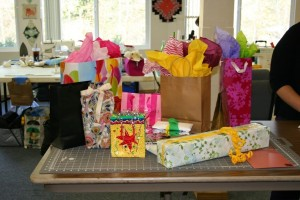 Gift swap table