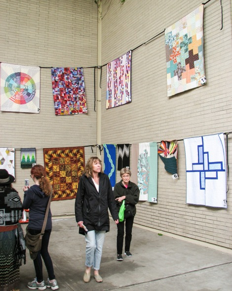 And more people came to talk quilts